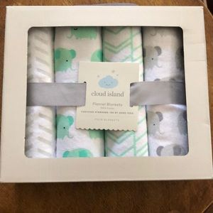 NIB Cloud Island Flannel Blankets 4 Pack